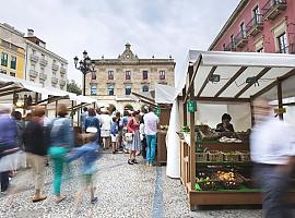 La plaza Mayor de Gijón recupera este domingo su mercado