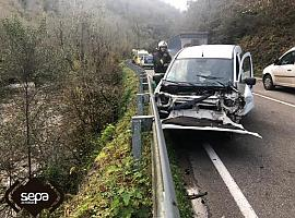 Herida tras accidente de un turismo en Belmonte